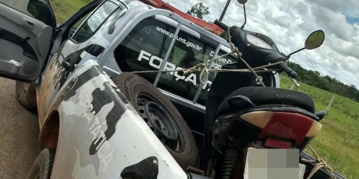Força Tática localiza motocicleta furtada em Juína