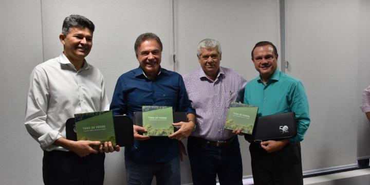 Agronegócio de MT é apresentado ao senador Álvaro Dias