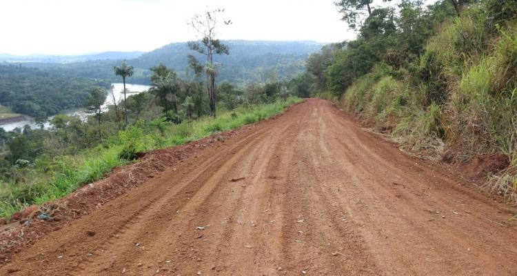 Prefeitura de Aripuanã realiza manutenção em estrada que dá acesso ao Complexo Dardanellos