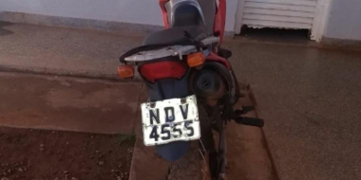 Polícia Militar de Juína recupera motocicleta roubada em Colniza