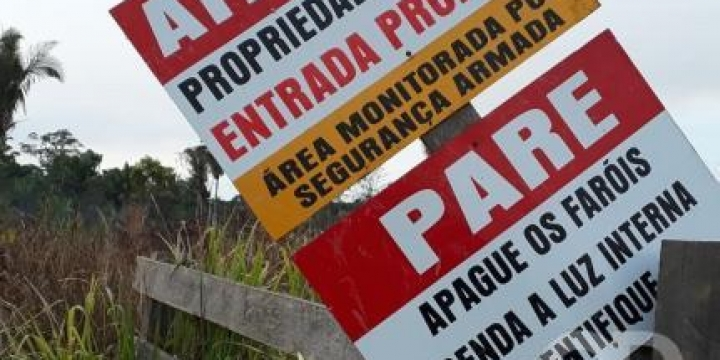 Juiz determina que posseiros fiquem 10 km distantes de fazenda de Riva
