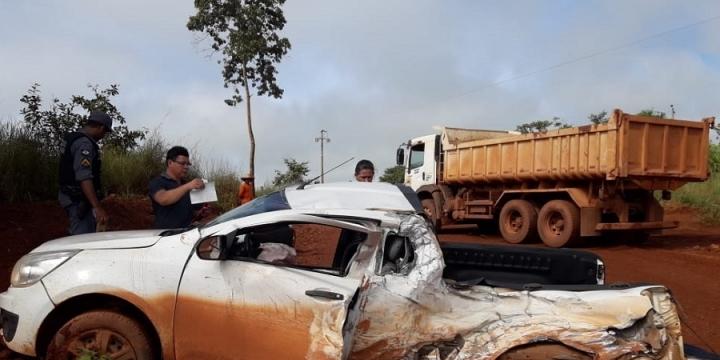 PM registra grave acidente entre veículo Montana e Caçamba na BR 174, em Juína