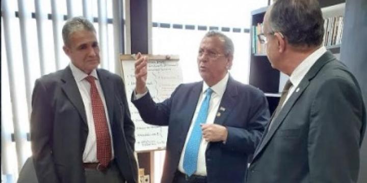 Mato Grosso vai regularizar 80 mil áreas