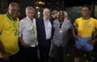 CBF reúne tricampeões mundiais para inaugurar estátua de Pelé