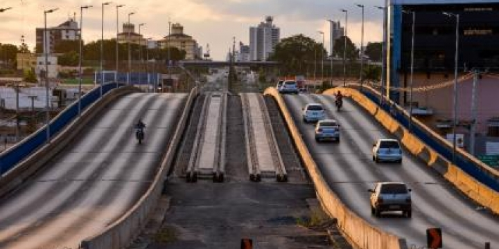 Estado prevê doar 54 ônibus a Cuiabá e VG